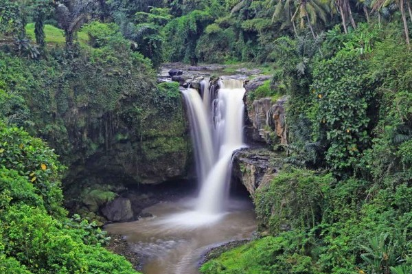 tegenungan-waterfall-bali-tour-package