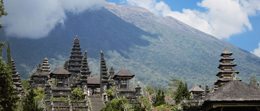grand-bali-tour-bali-honeymoon-besakih-temple